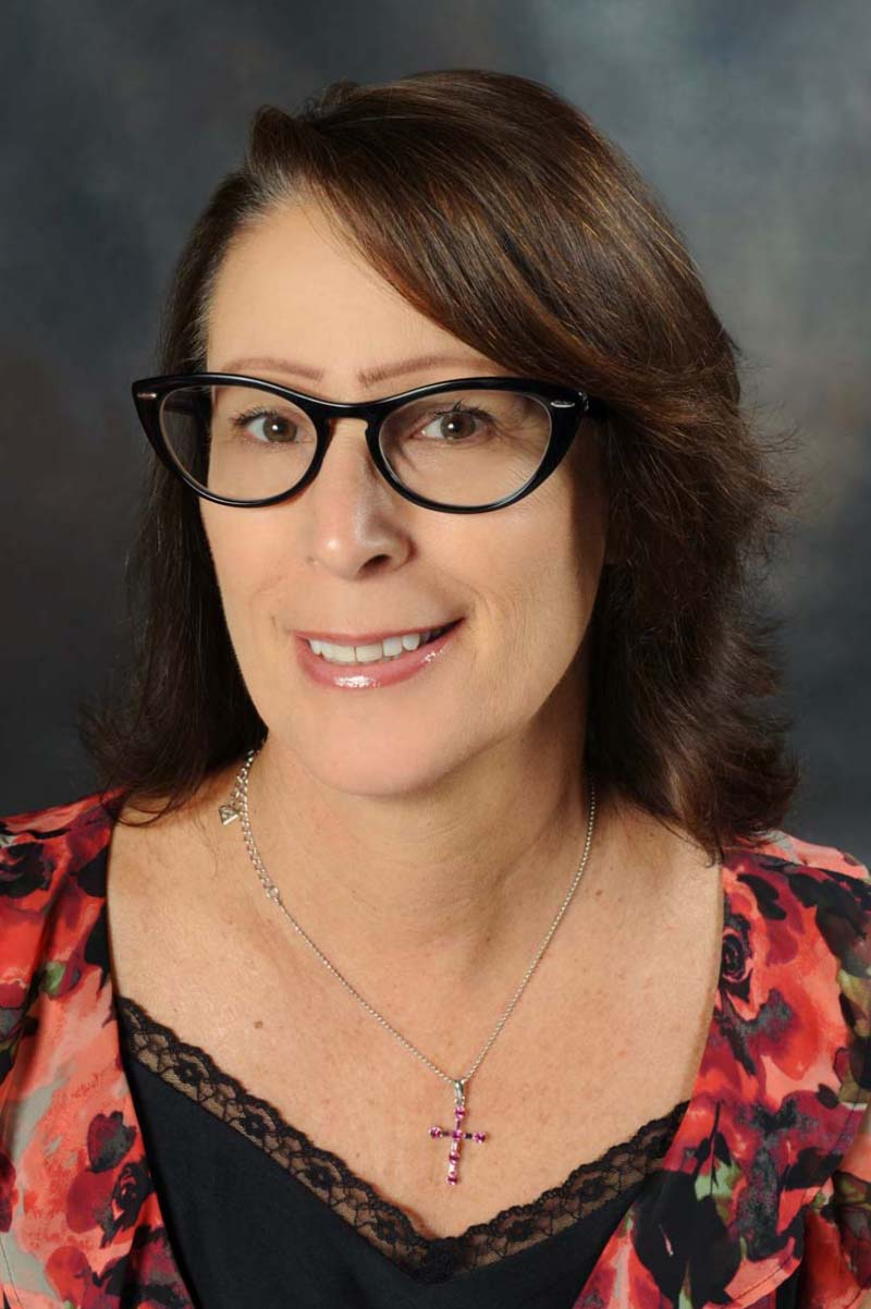 Deborah Reyes Broker/President
